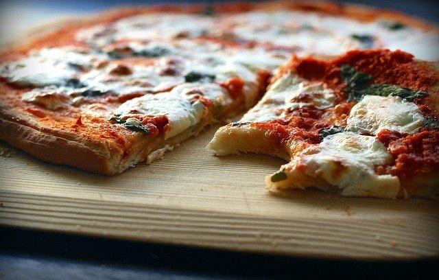 pizza margarita napoli