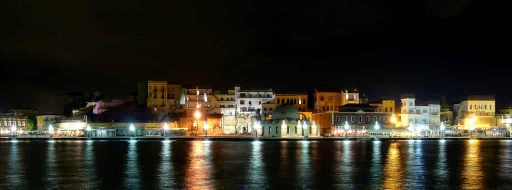 Chania om natten
