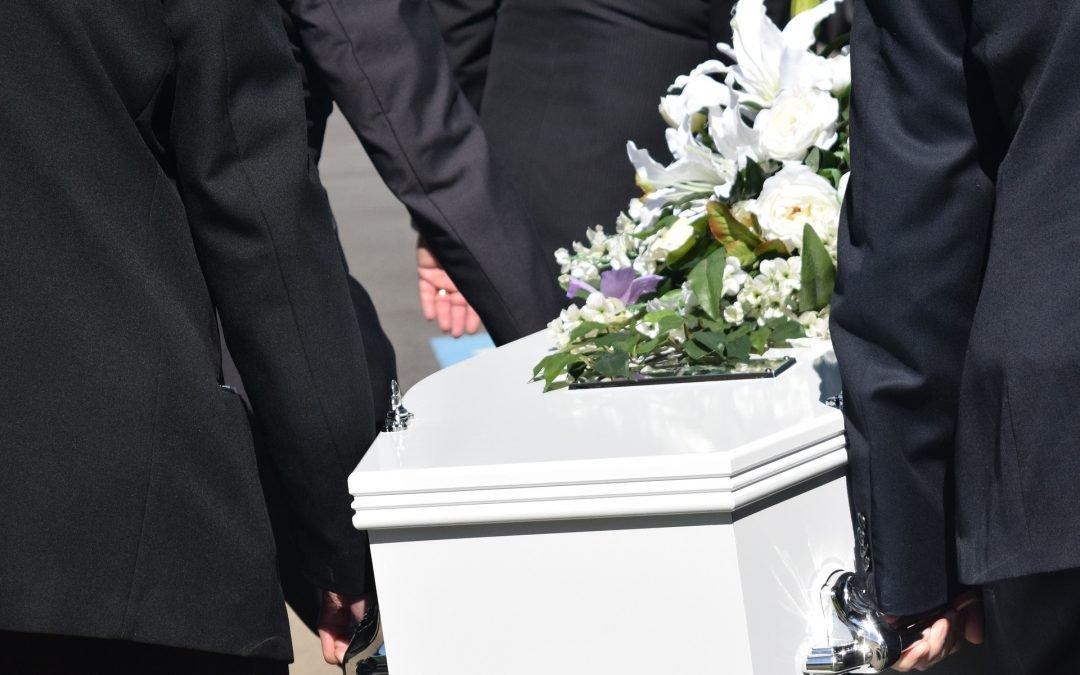 Når dødsfald på ferien opstår: Få en god afsked med dine kære