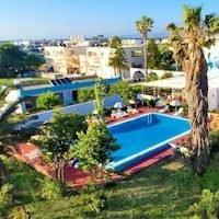 Villa Andrews Hotel