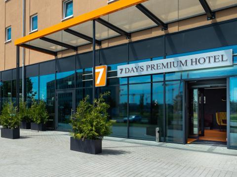 7 Days Premium Hotel Berlin - Schönefeld