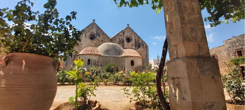 arkadi klostret bagfra